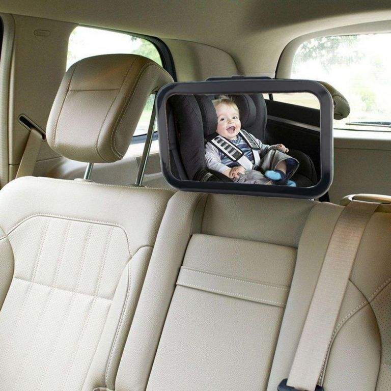 lusterko do obserwacji dziecka w samochodzie w tracie jazdy